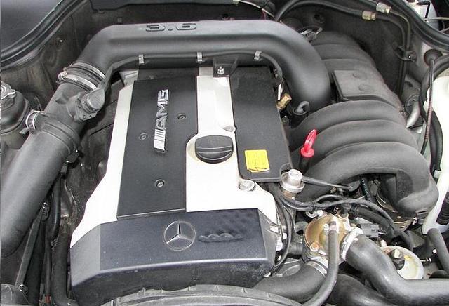 Mercedes M104